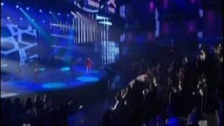 """Selena Gomez """" Round and Round """" LIVE"""