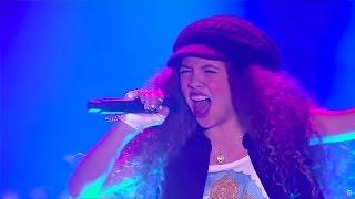 Ivanna cantó