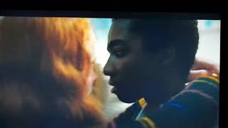 Beso de Mike y Once. Stranger things 2.