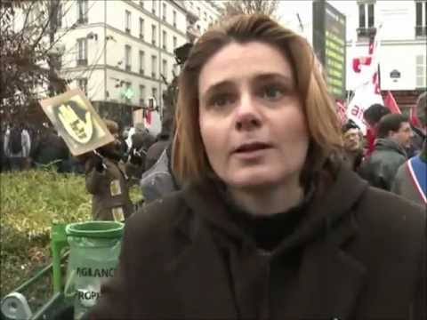 Marine le Pen ridiculisée par Caroline Fourest Clash 卍 Video youtube 卍 l extrême droite