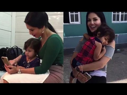 Sunny Leone's Cute Moment With Little Kids !!