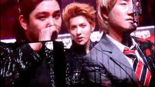 李宇春 2012-11-30 Mnet Asian Music Awards ( HELLO BABY )