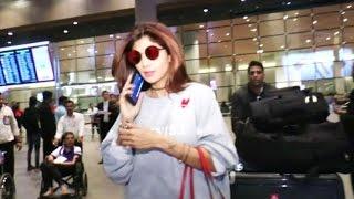 Shilpa Shetty Spotted At Mumbai Airport