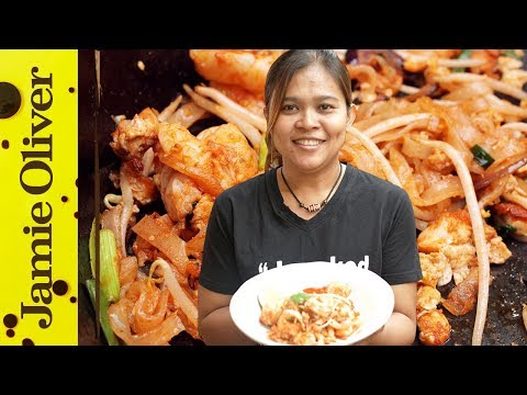 How to Make Classic Pad Thai | Cooking with Poo