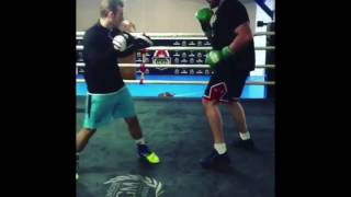 TYSON FURY ON THE PADS! DAY 4 TRAINING CAMP