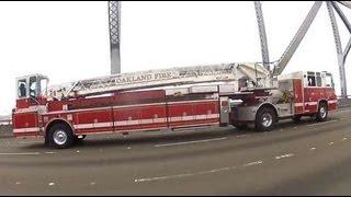 Caminhão de bombeiros com 2 motoristas....Show!