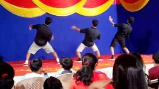 Energetic dance by 3 boys 'Fusion mix' Hindi - English