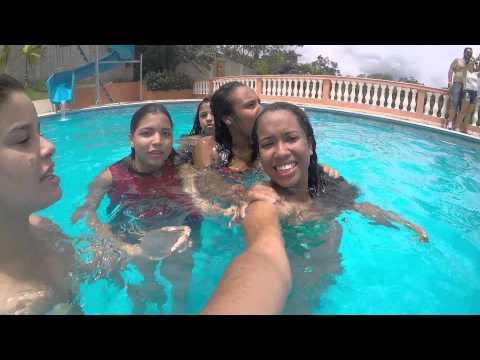 Meninas na piscina parte 2 FamiliaNew