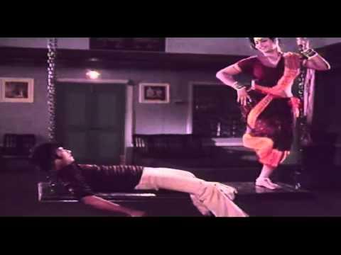 Xxx Mp4 Vaa Raja Tamil Movie Song HOT Jayamalini Seduces Karthik 3gp Sex