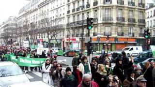 تظاهرات ایرانیان فرانسه در پاریس 2.MOV