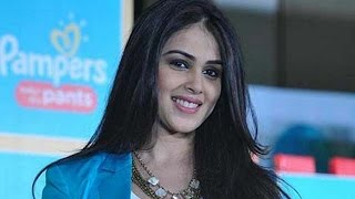 Riteish Deshmukh To Play Chhatrapati Shivaji In Wife Genelia D'Souza's Next | Bollywood News