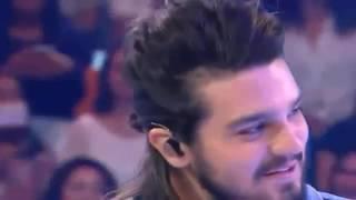 Luan Santana canta amar não é pecado para fã no caldeirão do Huck 29/04/17