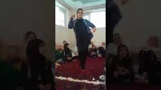 رقص زیبا دختر افغان در یک از محفل های خانگی