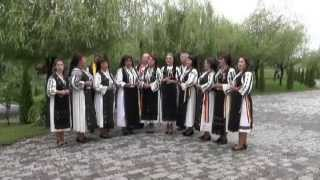 Grupul vocal FRUNZA VERDE IASOMIE din Grebenisu de Campie - Mândruliță pui, pui, pui