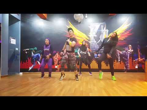 """Lagi Syantik"" by Siti Badriah ~ Zumba with Zin Nick"