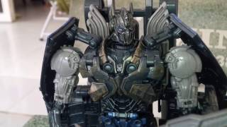 Transformer The Last Knight Of Hasbro Trailer Optimus Prime  Shadow Spark