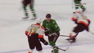 Wayne Simmonds vs Antoine Roussel. The end the third period (Flyers vs Stars - 10 december 2016)