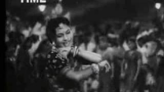 Ik Baat Kahoon Mere Piya Sunle  Agar Tu Asha Bhosle  in Amar
