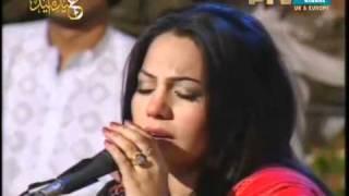 Punjabi song by Arif Lohar and Sanam Marvi(Virsa heritage PTV Live)- Main dadhi kohji.flv