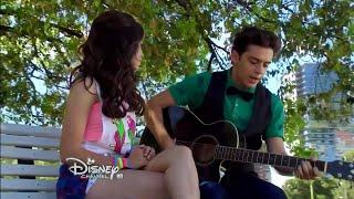 Matteo le canta
