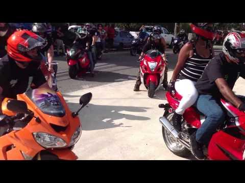 Evento de Motoras en Puerto Rico en Diegos Auto Parts en Arecibo