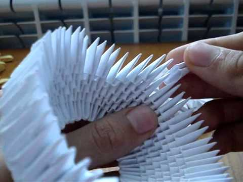 How to make a 3D Origami Swan 1