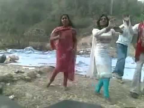 Hd dehati dance hindi dance in up desi real dance dehati geet piknic dance mantu kumar saw
