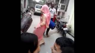 Desi Aunty With Sexy Moves ;)