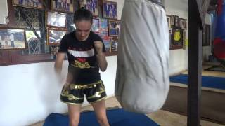 Sylvie's Tips - Different Muay Thai Knees - Dieselnoi