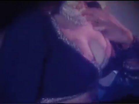 Xxx Mp4 A Vey Hot Bangla Gorom Masala Item Song 3gp Sex
