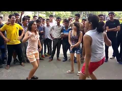 Xxx Mp4 Hot Dance Jattan Di Trali Bane 3 Lakh Full HD Punjabi Song 3gp Sex