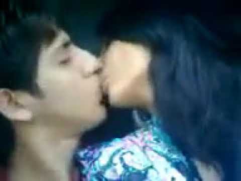 Xxx Mp4 Desi Boy Kissing A Girl With Desi Style In LoraLae Pakistan 3gp Sex