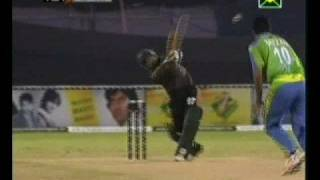 Aftab Ahmed 24(11) vs HH ICL