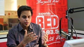 RJ Raunac Caught @ Red FM
