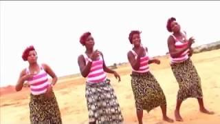 Le Procureur Chaleur. Kibur'Kiri. Mapouka à la Congolaise.