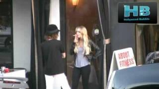 Lindsay Lohan Smoking 10