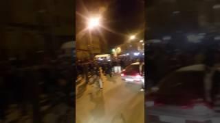 فرحة الجماهير بعد فوز المنتخب الوطني المغربي