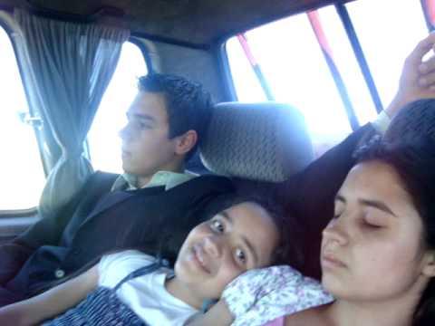 Samuel filma Jessica dormindo