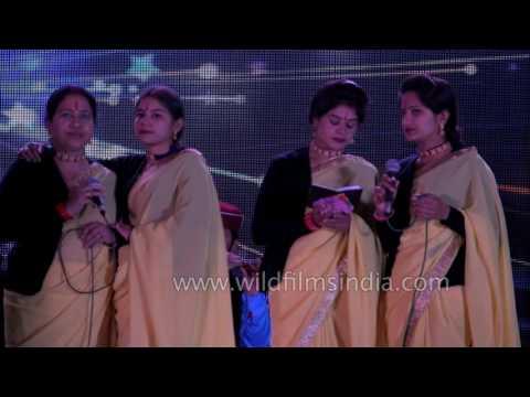 Narendra Singh Negi's Garhwali songs at Mussoorie Winter Carnival 2016