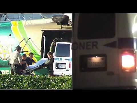 Michael Jackson está vivo Video mostra ele saindo da ambulância por qual foi transportado
