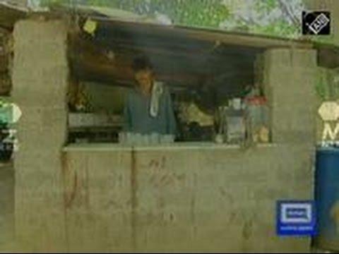 Pakistan's tea seller, now a celebrity, not keen on films (21 October,2016)