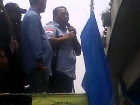 Demo Buruh - Orasi Presiden KSPSI Andi Gani Nuwawea