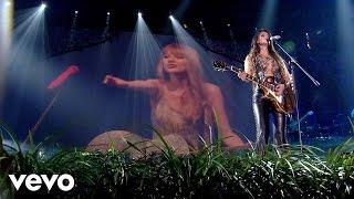 Paula Fernandes, Taylor Swift - Long Live
