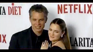 DREW BARRYMORE and TIMOTHY OLYPHANT meet at