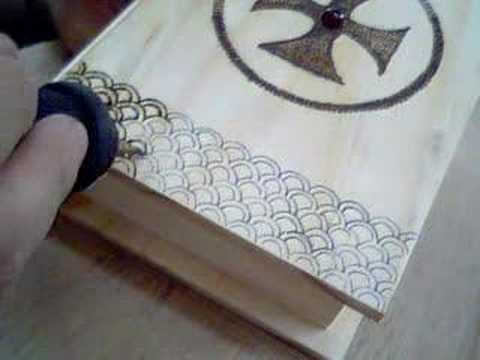 Pirograbado cajita de madera