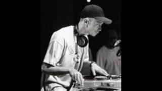 Cor Veleno - Space Invaders feat. Phella e Dj Baro