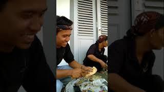 Proses pembuatan warangka(pameran musium keris solo)