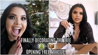 FINALLY DECORATING THE TREE + OPENING FREE MAKEUP | VLOGMAS DAY 8