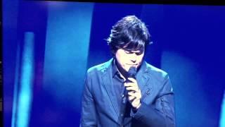 Pastor Joseph Prince' singing in spirit