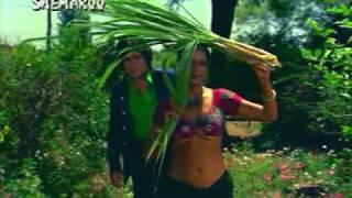 Unseen zeenat aman boob show